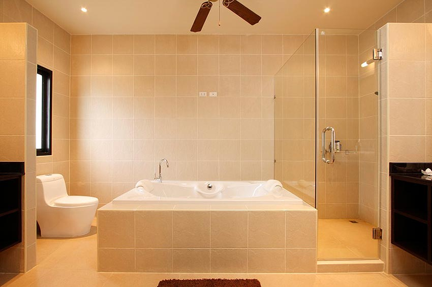 ensuite bathroom bathtub coral villa nai harn phuket holiday rental