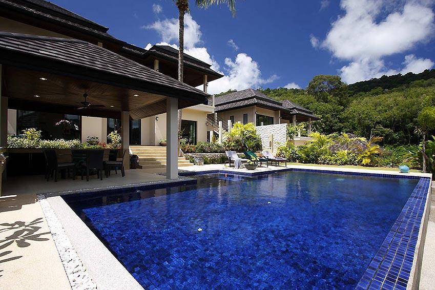 infinity pool emerald villa nai harn phuket holiday rental
