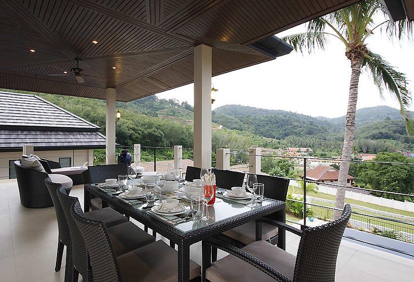 outdoor dining are emerald villa nai harn phuket holiday rental