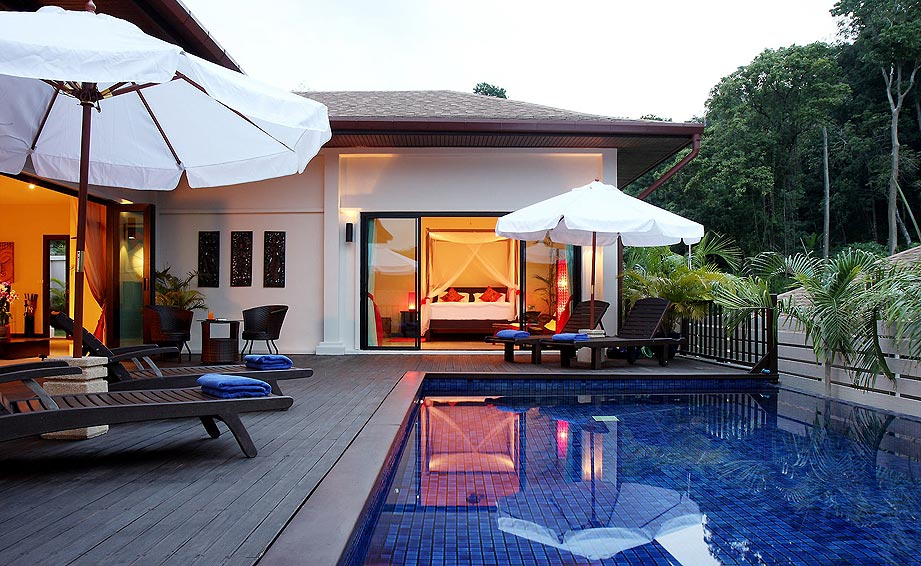 infinty edge pool moonstone villa nai harn phuket holiday rental