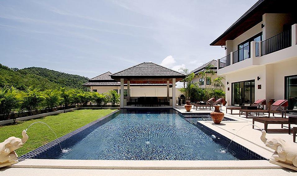 poolside sala
