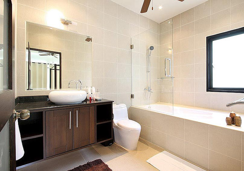 ehsuite bathroom bath shower opal villa nai harn phuket holiday rental
