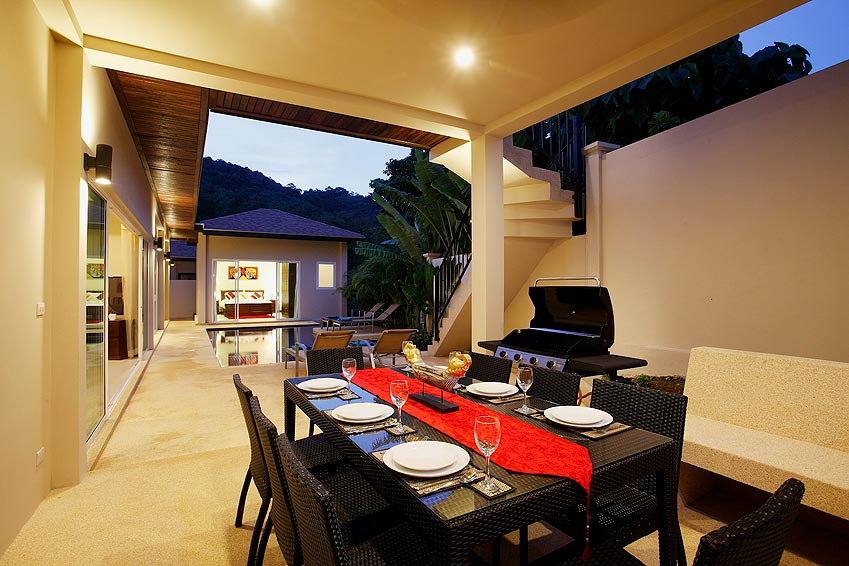 outdoor covered dining bbq poolside topaz villa nai harn phuket holiday rent
