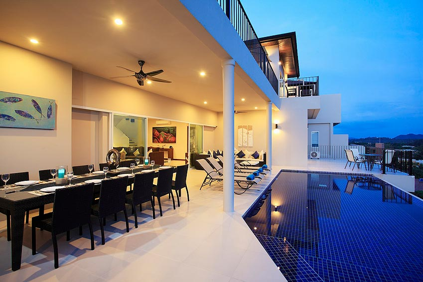 poolside outdoor covered eating area