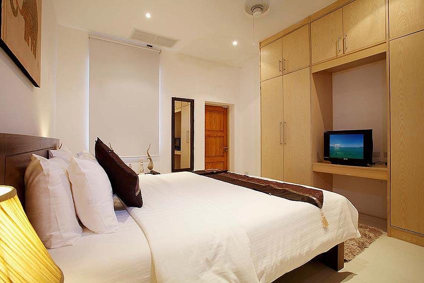 andaman view villa nai harn phuket holiday rental double bed ensuite storage tv