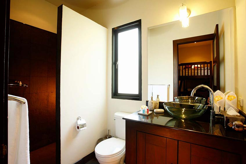 sapphire villa nai harn phuket holiday rental en suite bathroom wc shower basin
