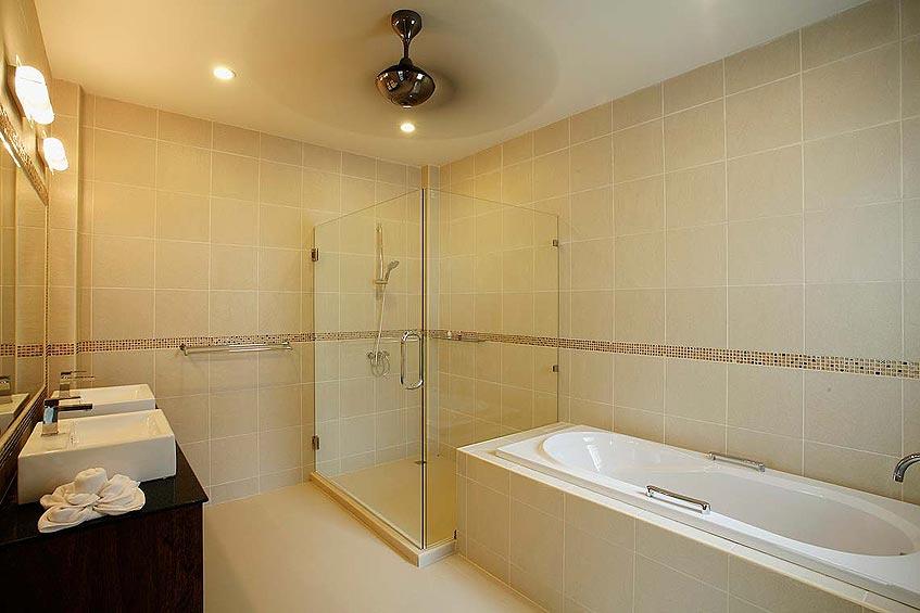 topaz villa nai harn phuket holiday rental en suite bathroom bath shower wc